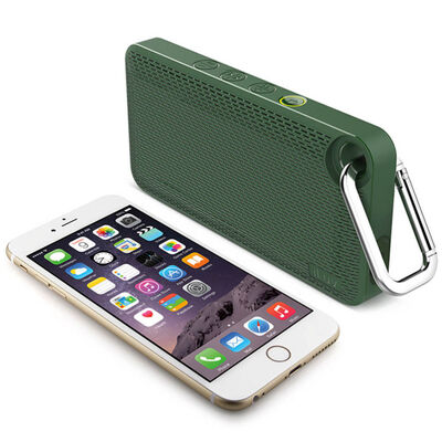 Green Iluv Mini Smart 6 Splash Proof Fm Radio & Bluetooth Speaker W/ Carabiner